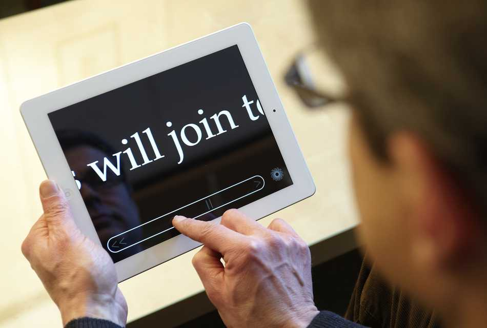 MDevReader in use on tablet